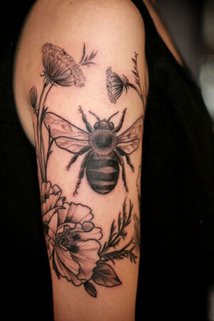 bee tattoo meanings custom tattoo design. Black Bedroom Furniture Sets. Home Design Ideas