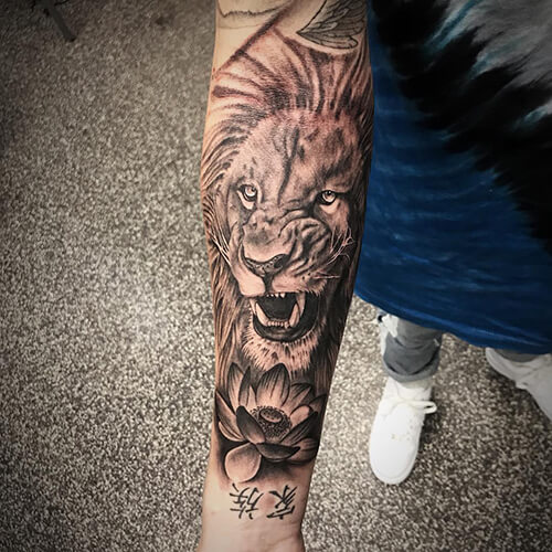 Lion Texture Tattoo
